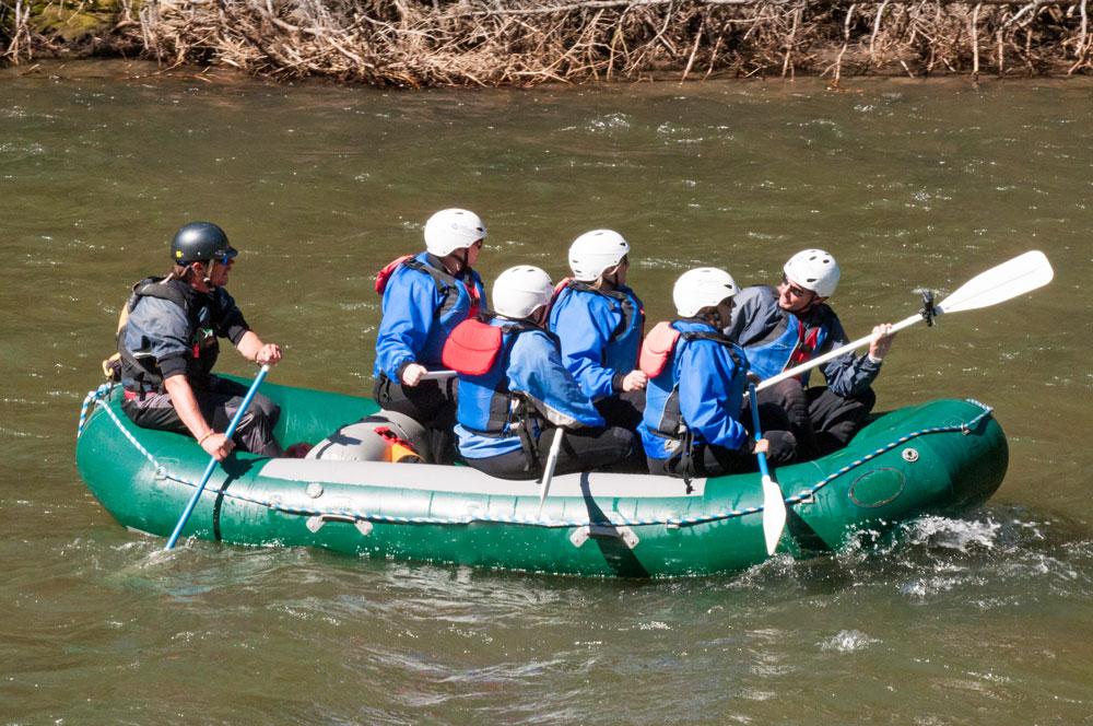 group-rafting-the-river